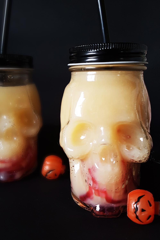 rezept it 39 s halloween gruselige halloweenbowle mit wackelpudding w rmern. Black Bedroom Furniture Sets. Home Design Ideas