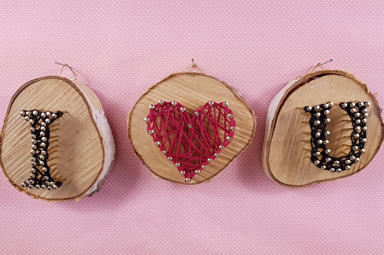 it 39 s valentine 39 s i love you fadenbilder. Black Bedroom Furniture Sets. Home Design Ideas